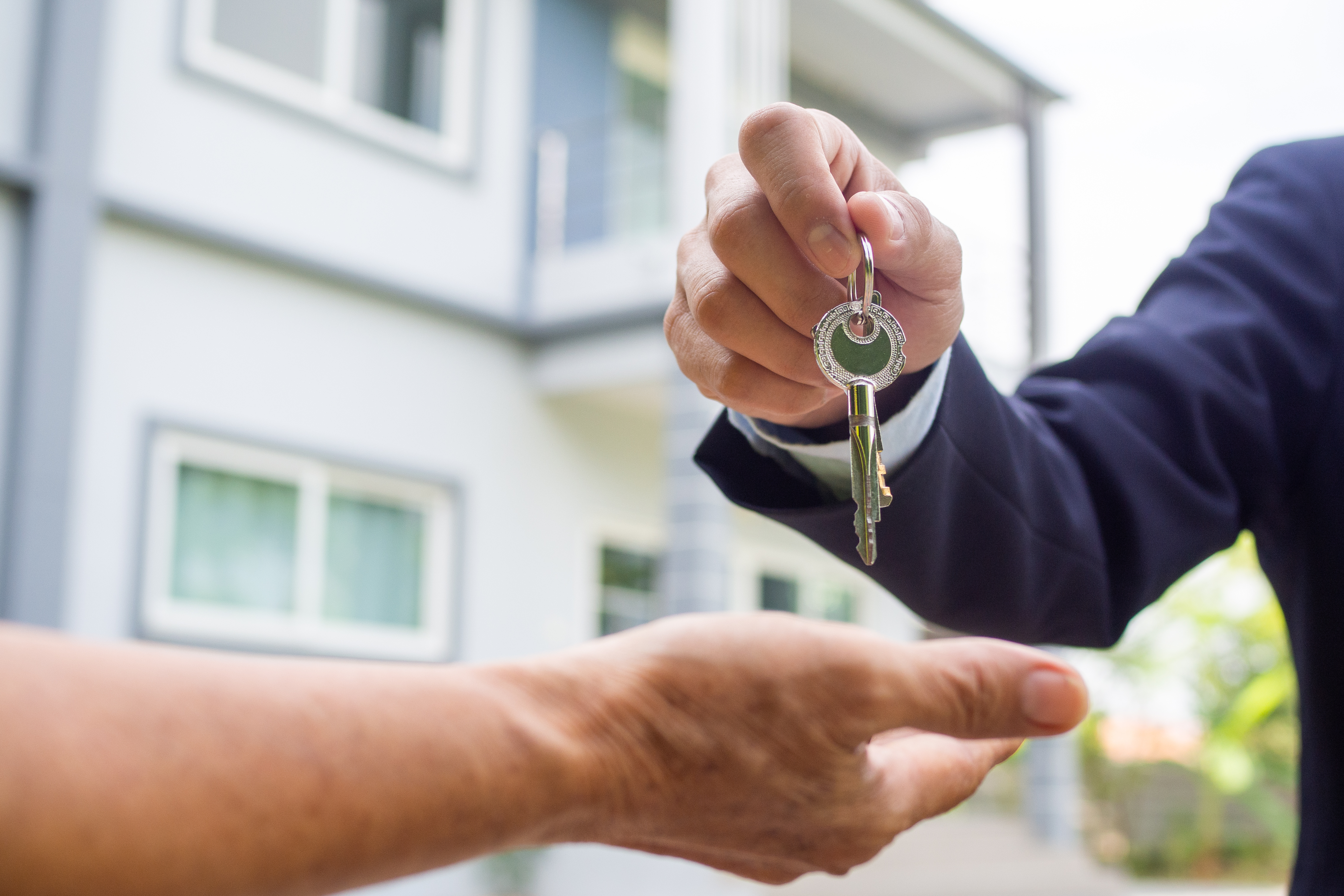 Security Systems, Smoke Detectors & Carbon Monoxide Alarms: Your Duties as a Landlord